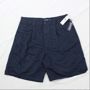 NEW Chaps Golf Mens Size 38 SinglePleat Front Navy